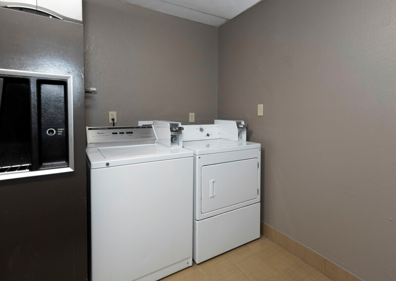 Red Roof PLUS+ Huntsville Guest Coin Laundry Facility