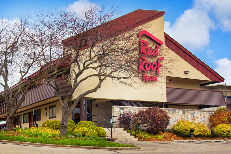 Red Roof Inn Madison, WI Property Exterior Image
