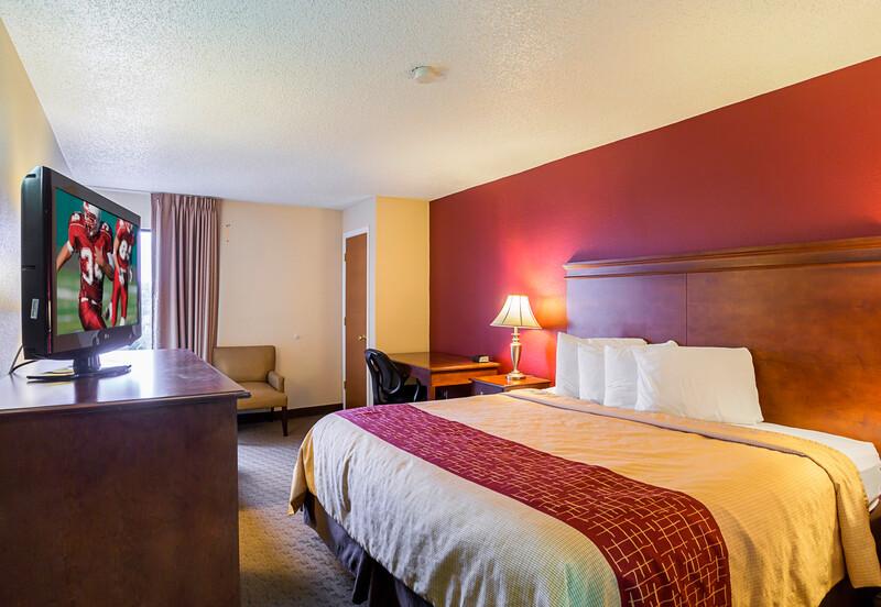 Red Roof Inn Nashville - Music City Single King Room Image
