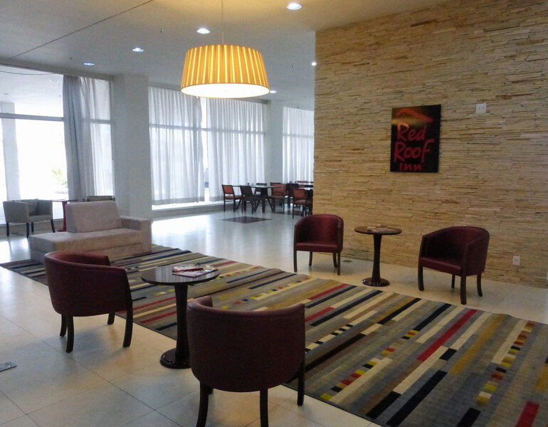 Red Roof Inn Dutra Aeroporto Lobby Sitting Area Image