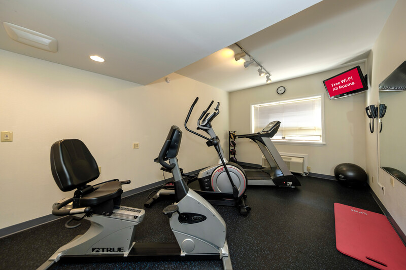 Red Roof Inn & Suites Newburgh – Stewart Airport Onsite Fitness Facility
