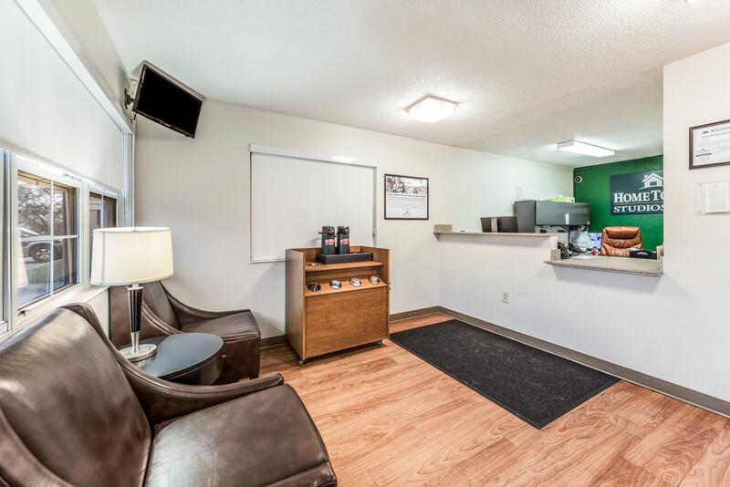 HomeTowne Studios Cincinnati - Sharonville Front Desk and Lobby