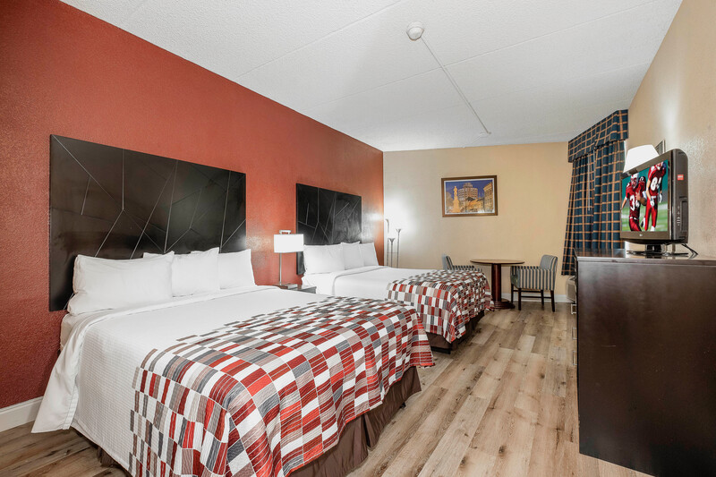 Red Roof Inn & Suites Macon Double Bed Room Image