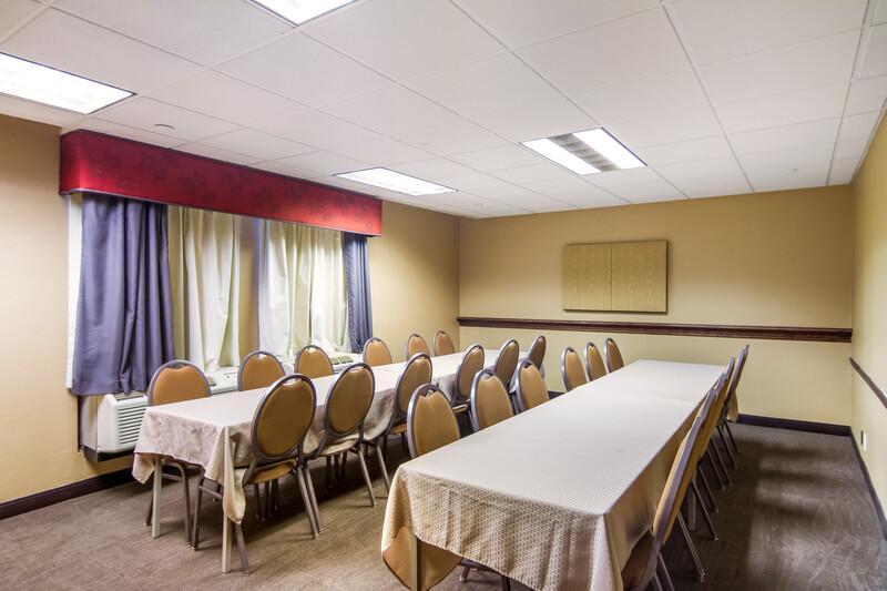 Red Roof Inn Meriden, CT Meeting Room Image