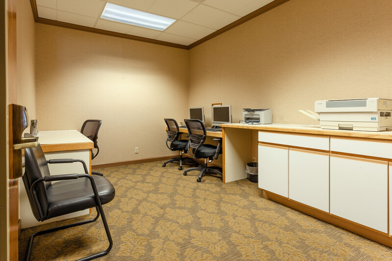 Red Roof Inn & Suites DeKalb Business Center Image