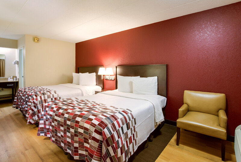 Red Roof Inn Kalamazoo East - Expo Center Deluxe Double Room