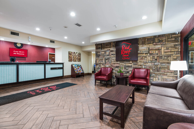 Red Roof Inn & Suites Monee Front Desk and Lobby Image