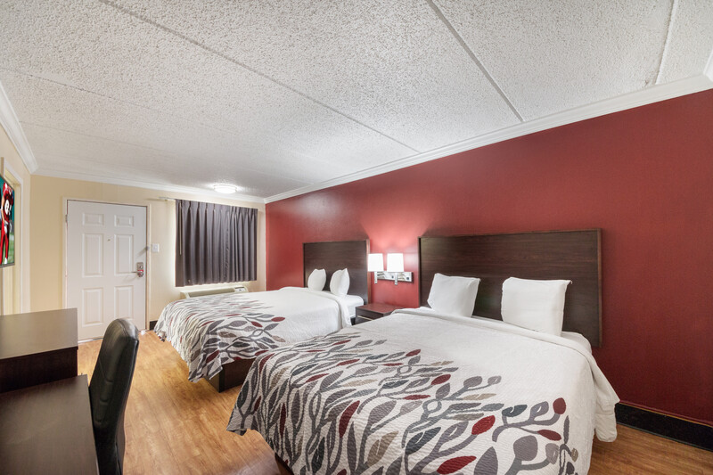 Red Roof Inn San Antonio I-35 North Double Bed Room Image