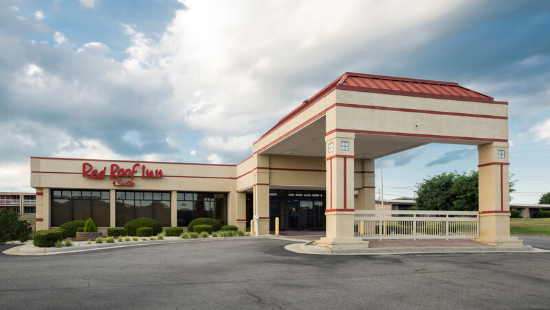 Red Roof Inn & Suites Wytheville Property Exterior Image