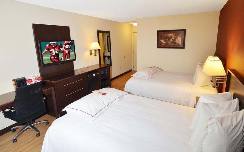 Red Roof PLUS+ Houston - Energy Corridor Premium Double Bed