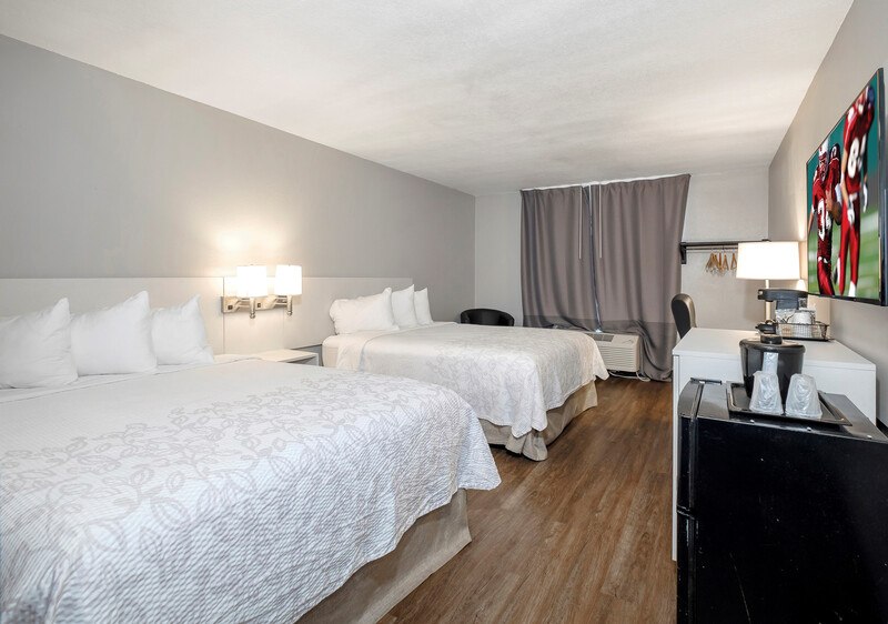 Red Roof PLUS+ Orlando-Convention Center Deluxe Double Room