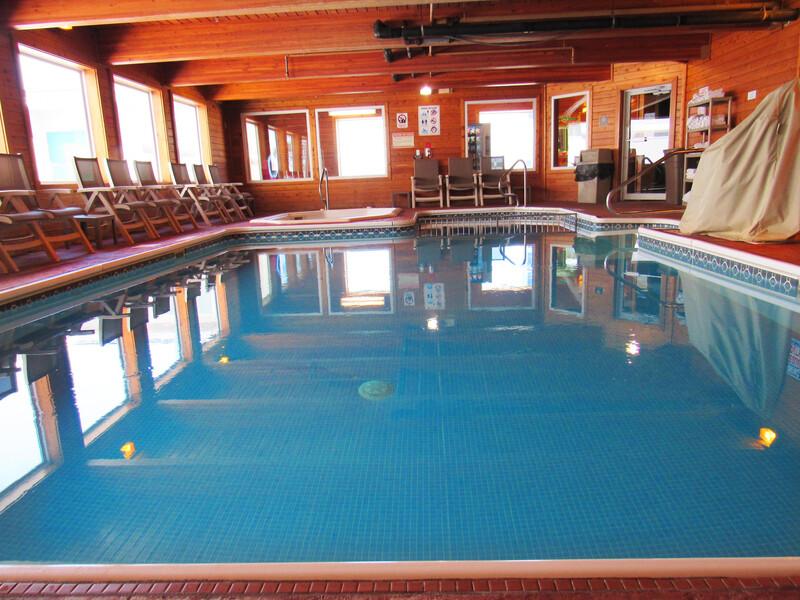Red Roof Inn Fargo - hotel pool