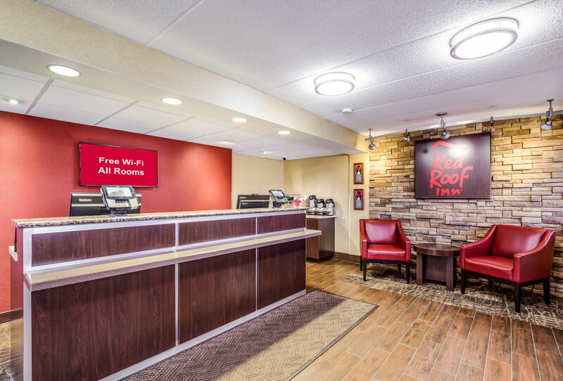 Red Roof Inn Lexington Front Desk and Lobby Image
