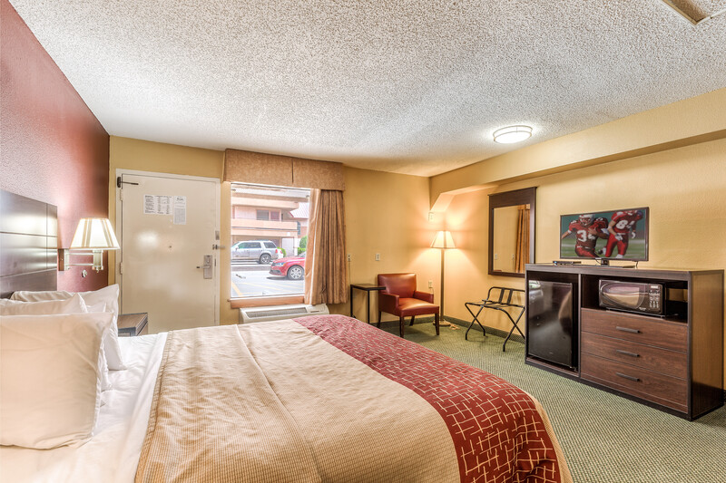 Red Roof Inn Amarillo West Superior King Room Image Details