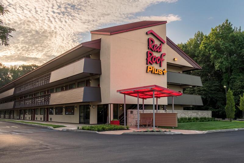 Red Roof PLUS+ Wilmington - Newark Property Exterior Image