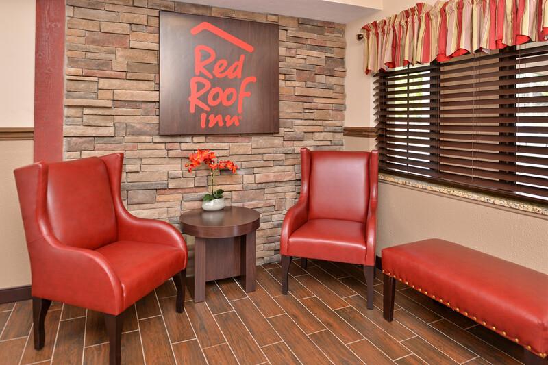 Red Roof Inn Marietta Lobby Sitting Area Image Details