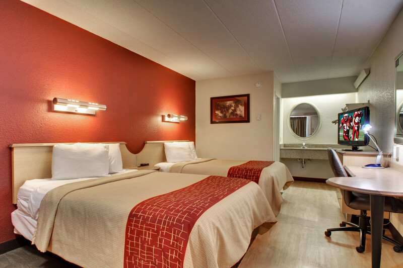Red Roof Inn St Louis - Westport Deluxe Double Room