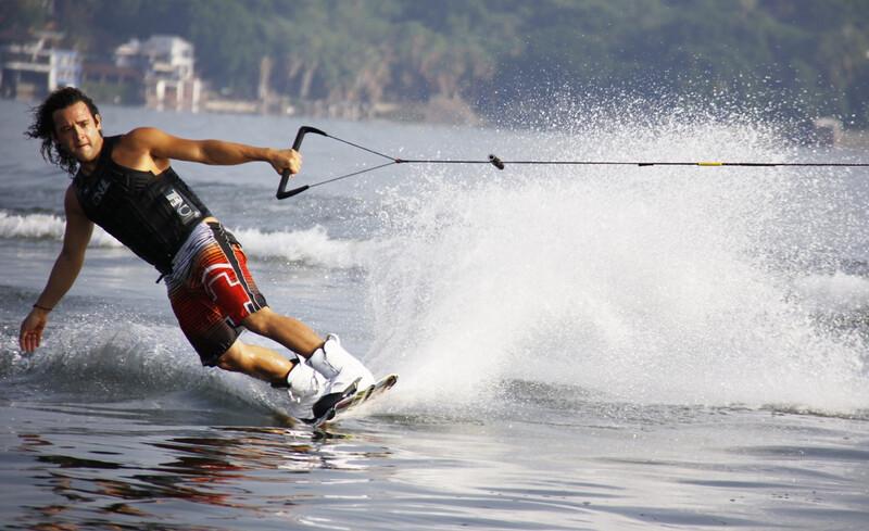 waterskier image