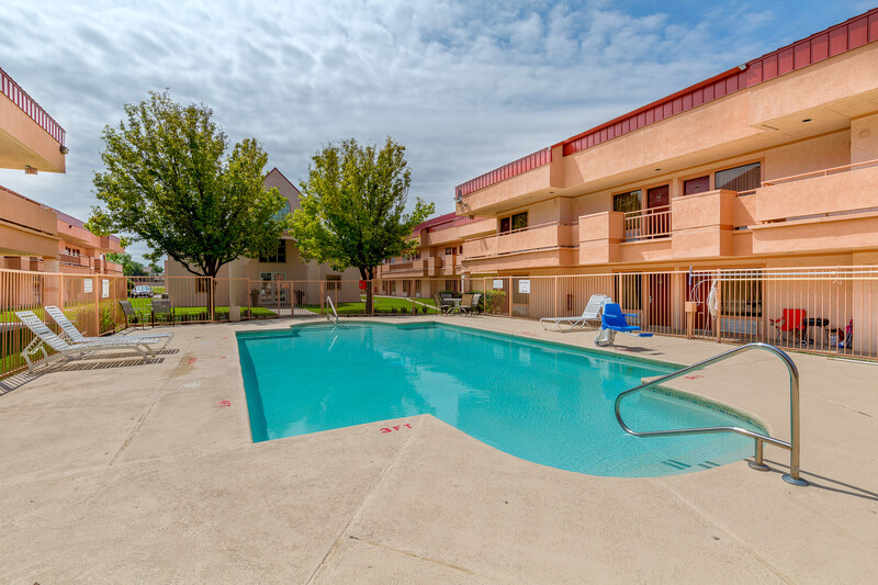 Red Roof Inn Amarillo West Outdoor Swimming Pool Image