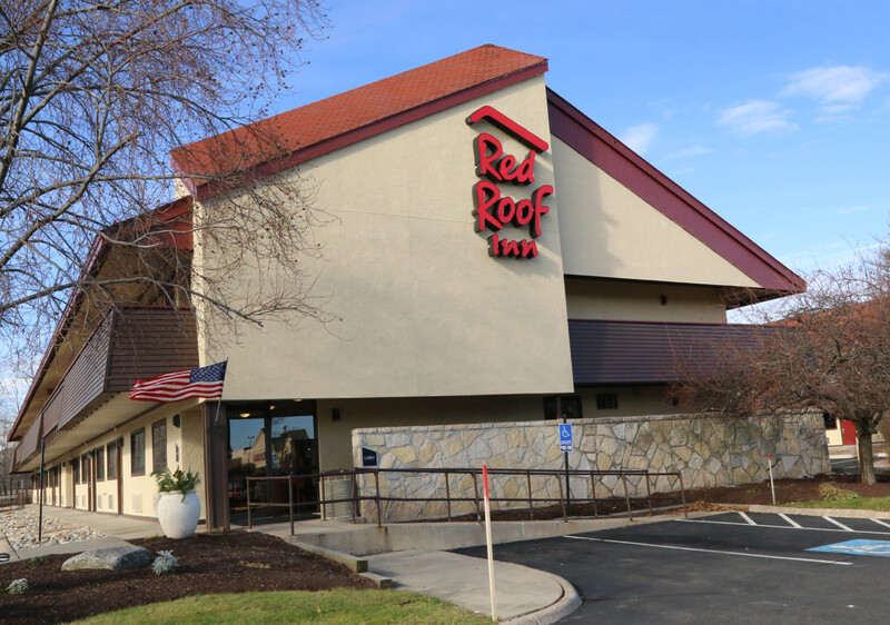 Red Roof Inn Enfield Property Exterior Image