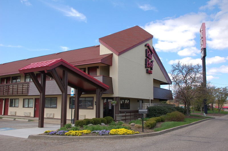 Red Roof Inn Canton Property Exterior Image Details