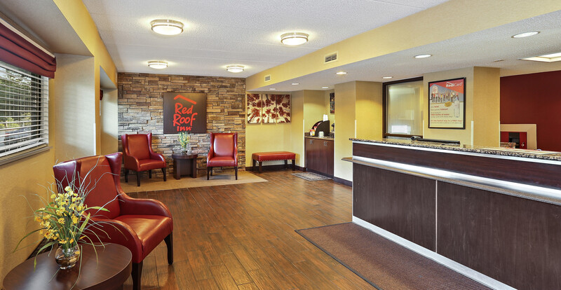 Red Roof Inn Washington DC - Columbia/Fort Meade Front Desk