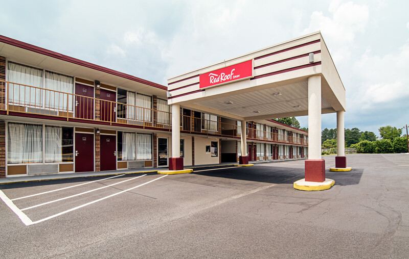 Red Roof Inn Columbia, SC Airport Exterior Property Image