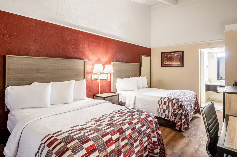 Red Roof Inn St. Petersburg Double Bed Room Image