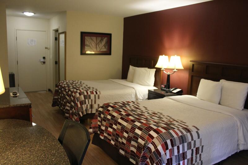 Red Roof Inn Gurnee - Waukegan Single King Room