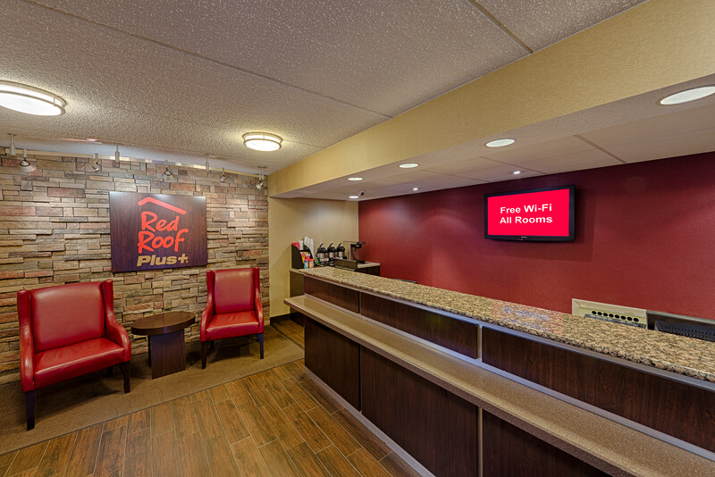 Red Roof PLUS+ University at Buffalo – Amherst Front Desk and Lobby Image