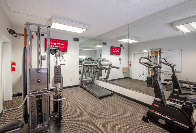 Red Roof Inn St. Petersburg Fitness Facility Image