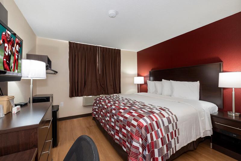 Red Roof Inn Norfolk - Portsmouth Single King Room Image