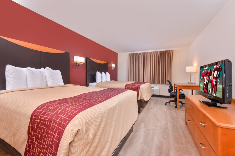 Red Roof Inn & Suites Danville, IL Double Bed Room