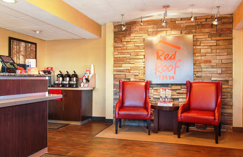 Red Roof Inn Canton Front Desk and Lobby Image Details