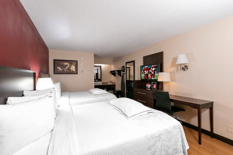 Red Roof PLUS+ Washington DC - Rockville Premium Double