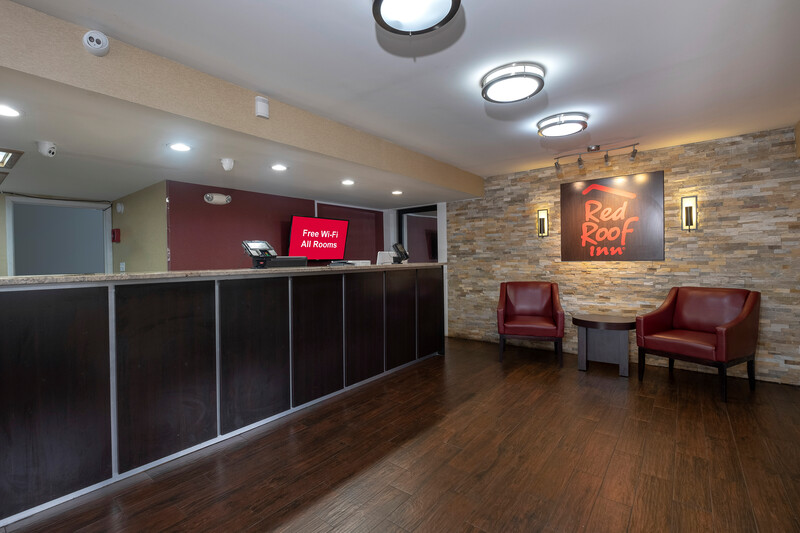 Red Roof Inn Columbia West, SC Front Desk and Lobby Image