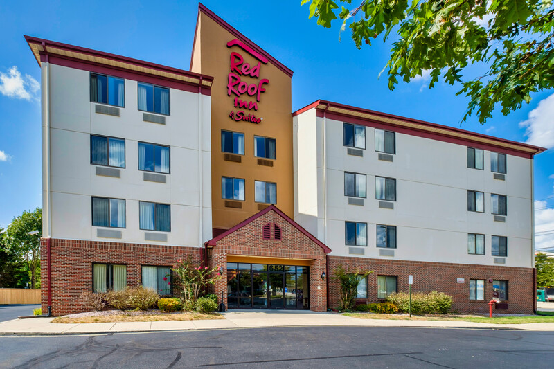 Red Roof Inn & Suites Dover Exterior Property Image