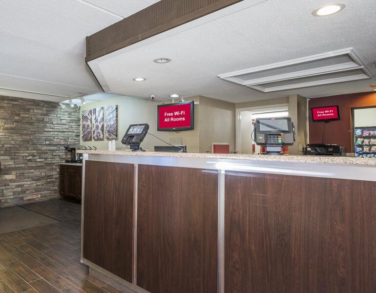 Red Roof Inn Hickory Front Desk and Lobby Image Details