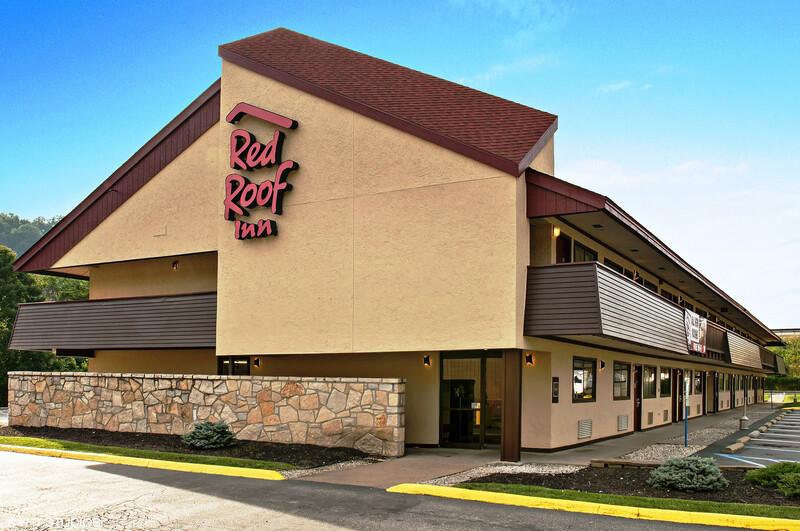 Red Roof Inn Charleston - Kanawha City, WV Property Exterior Image
