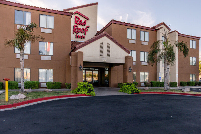 Red Roof Inn Phoenix North - Bell Road Property Exterior Image