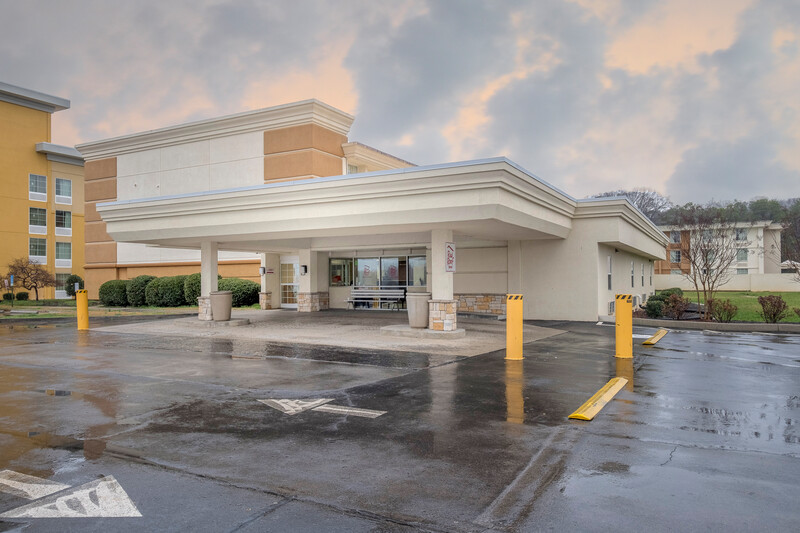Red Roof Inn Knoxville Central - Papermill Road Property Exterior Image