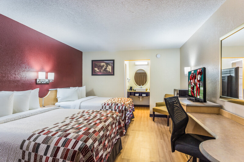 Red Roof Inn Williamsburg Double Bed Room Image Details