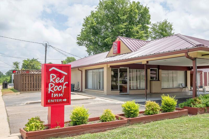 Red Roof Inn Starkville - University Property Exterior Image