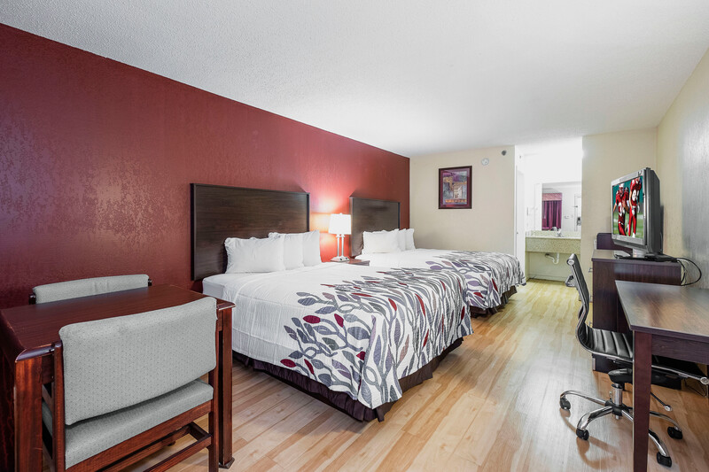 Red Roof Inn & Suites Rome, GA Double Bed Room
