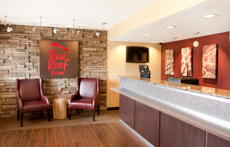 Red Roof Inn Chicago - Joliet Front Desk and Lobby Image