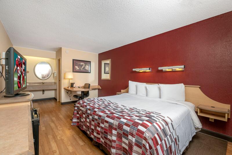 Red Roof Inn Detroit-Rochester Hills/Auburn Hills King Room