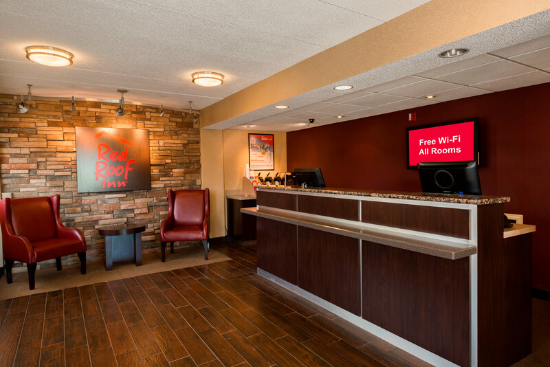 Red Roof Inn Rockford Front Desk and Lobby Image