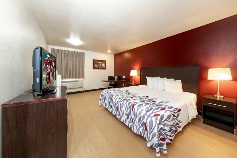 Red Roof Inn St Robert - Ft Leonard Wood Single King Room