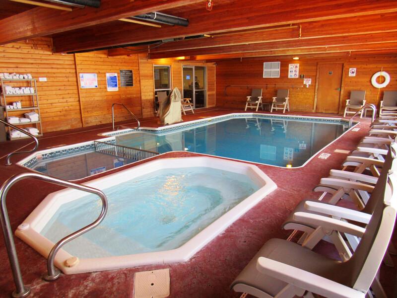 Red Roof Inn Fargo – I-94/Medical Center Indoor Pool Image