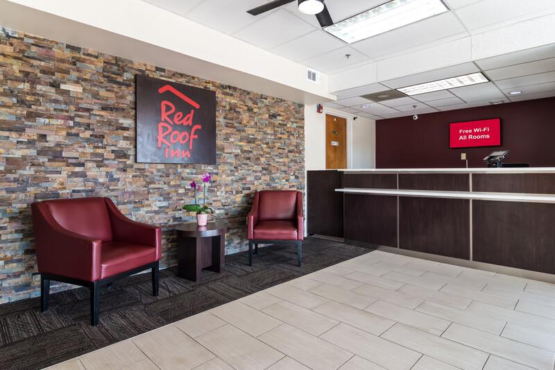 Red Roof Inn Atlanta - Kennesaw State University Sitting Area